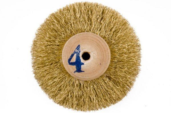 Щетка латунная 5-ти рядная d-70 мм на деревянном диске 301-252